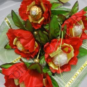 БК222 Сладкий букет с конфетами из пионов