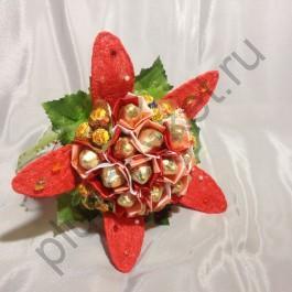 Цветок из конфет БК318